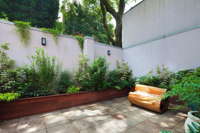 backyard planter designs photo - 1
