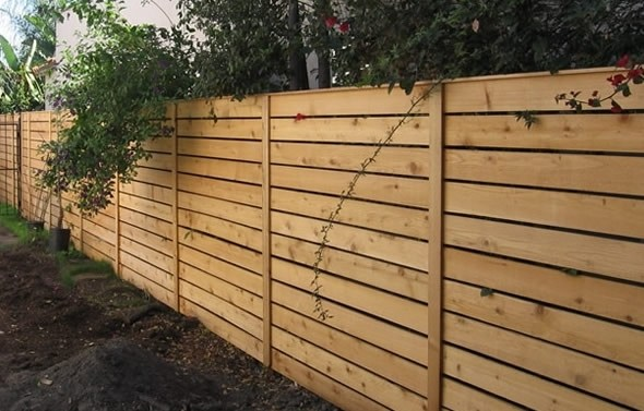 backyard privacy fence ideas photo - 1