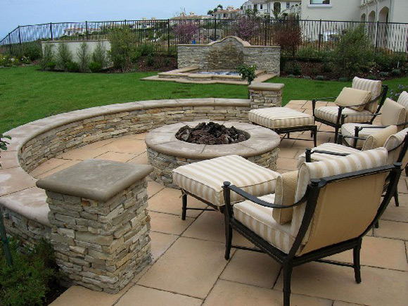 Charming Backyard Stone Patio Design Ideas