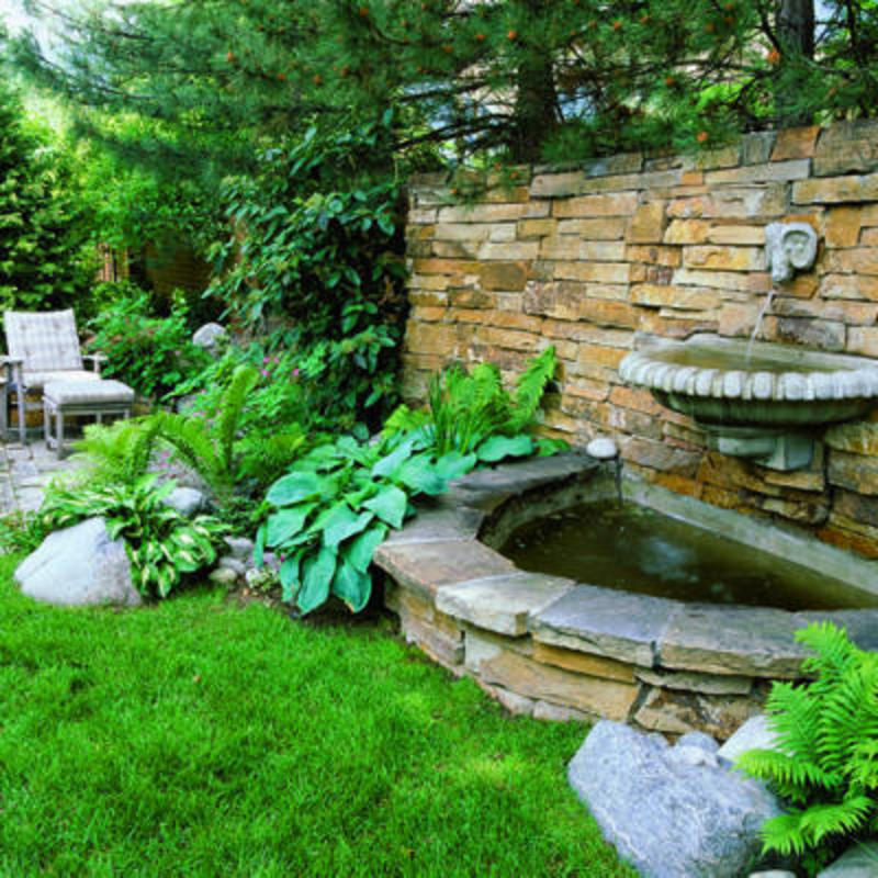 backyard water fountain ideas photo - 2