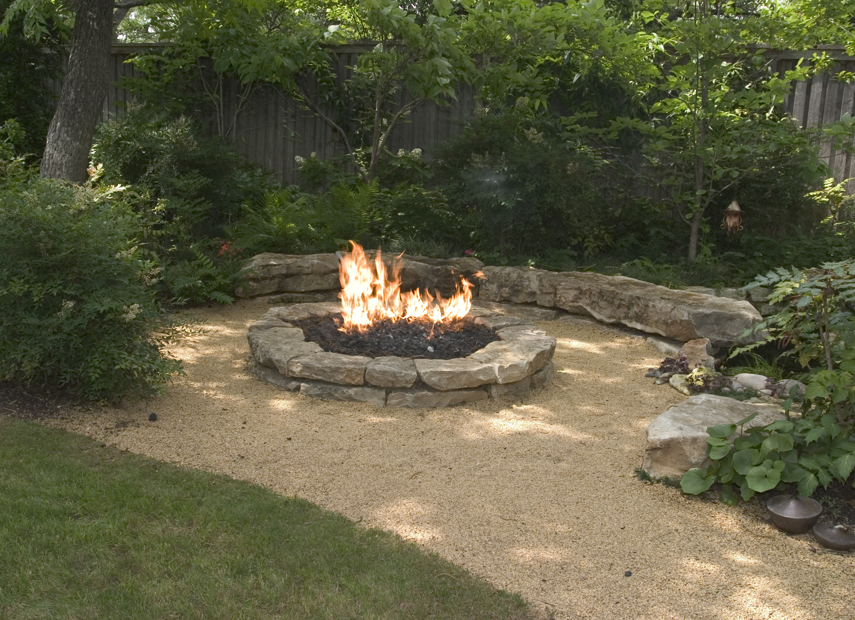 backyard with fire pit landscaping ideas photo - 1