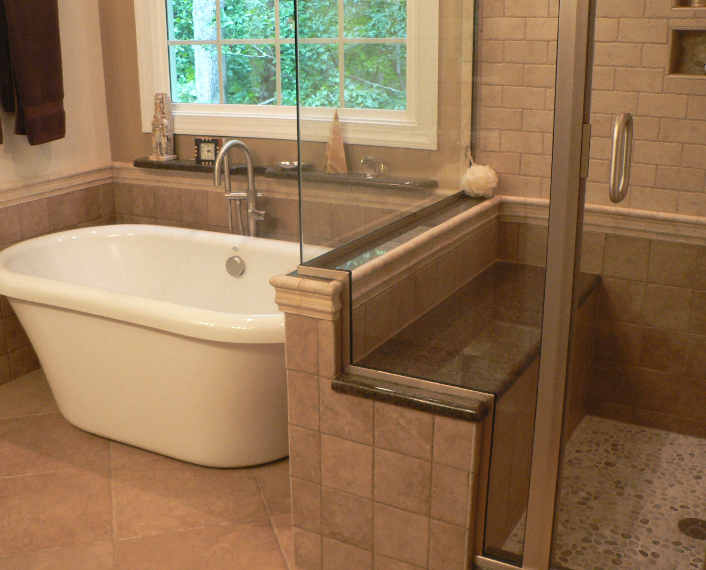 bathroom remodels before and after photo - 1