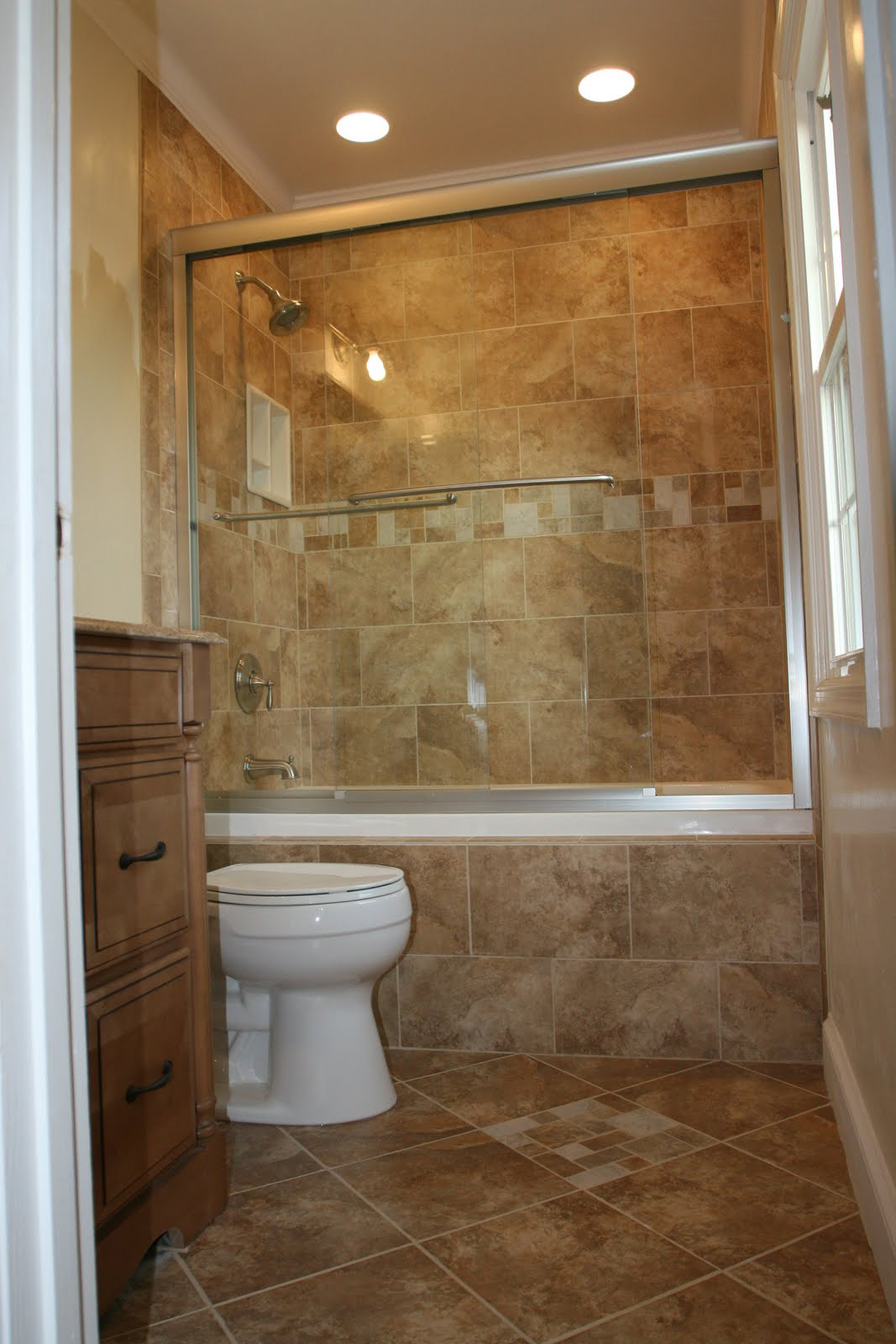 Charmant Bathroom Tile Ideas On A Budget