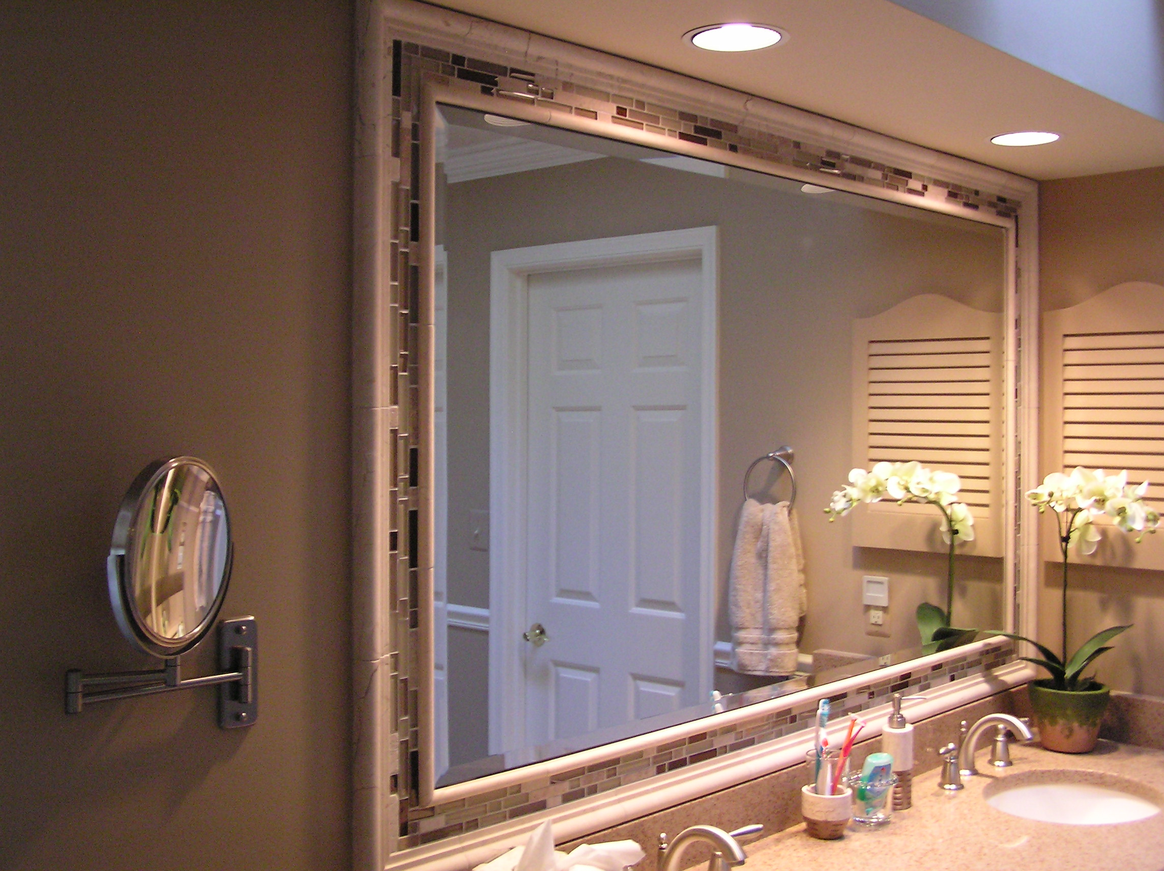 Bathroom vanity mirror ideas - large and beautiful photos. Photo to on restroom design, foyer design, staircase design, bathtub design, washroom design, bedroom design, door design, exterior design, room design, nursery design, pantry design, small bath design, interior design, kitchen design, shower design, basement design, garage design, closet design, tile design, toilet design,