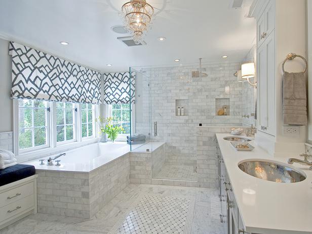 bathroom window covering photo - 1