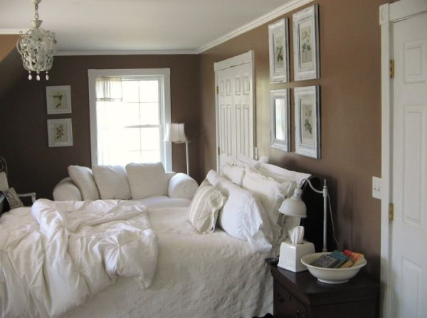 bedroom with brown walls photo - 1