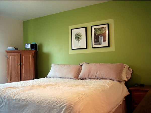 bedroom with green walls photo - 2