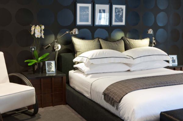 bedrooms with black walls photo - 1