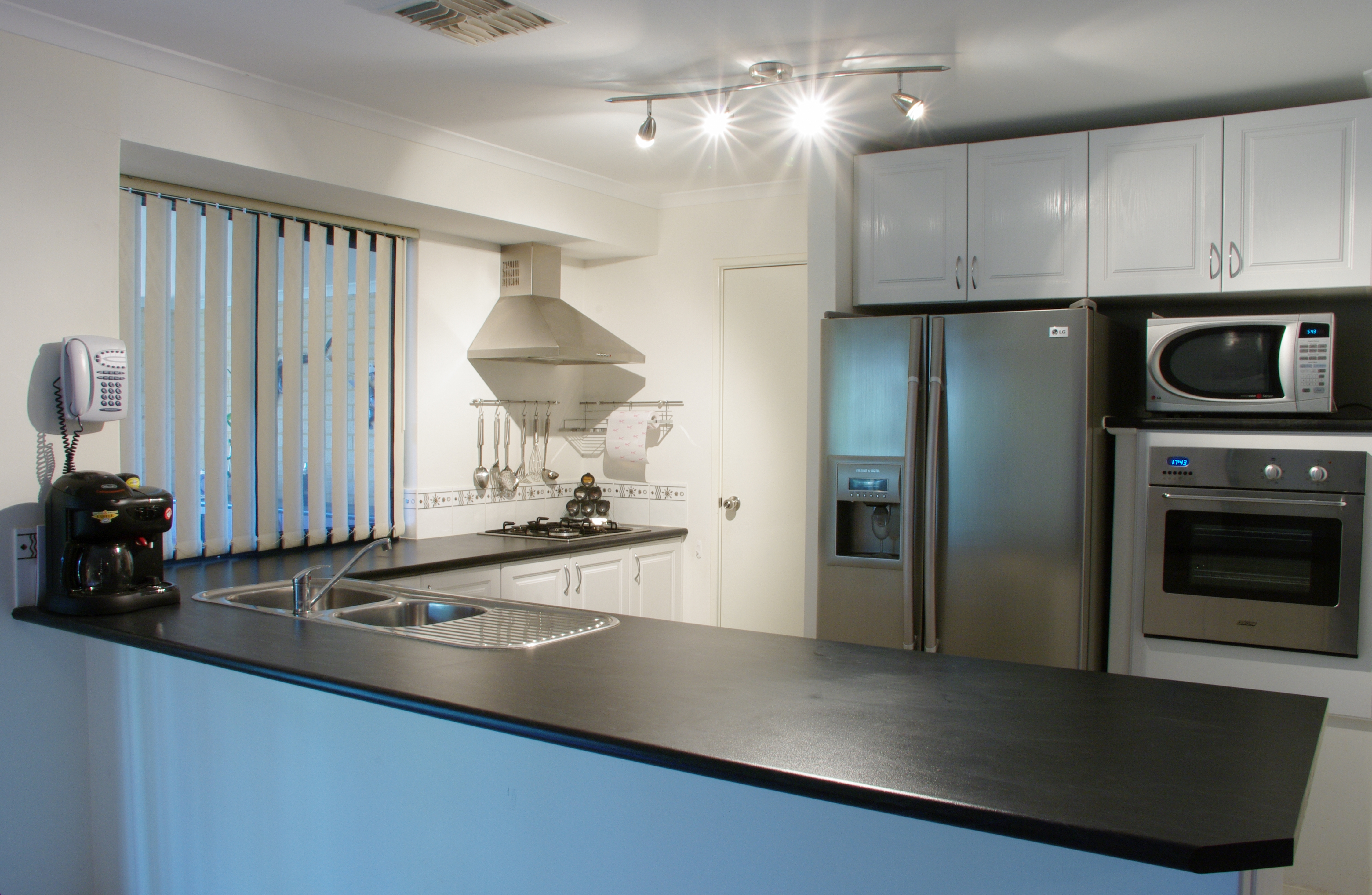 best appliances for small kitchens photo - 1