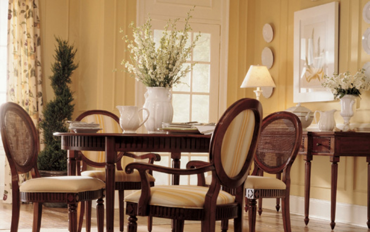 Best colors for a dining room large and beautiful photos for Best dining rooms