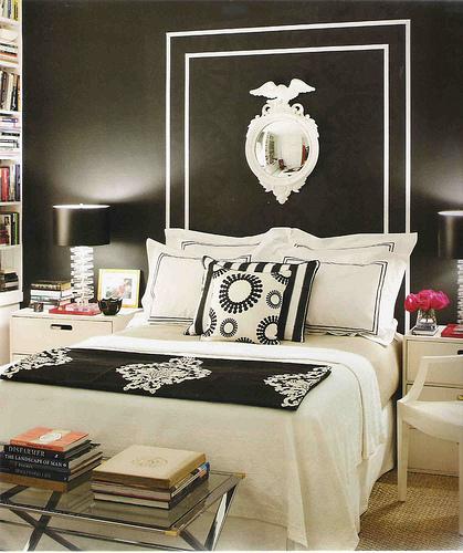 black walls in bedroom photo - 2