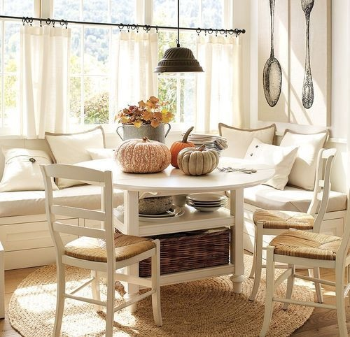 breakfast nooks for small kitchens photo - 1
