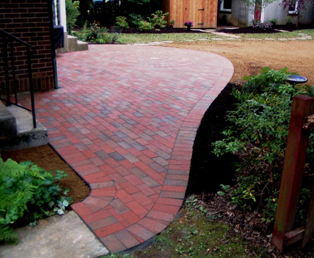 brick backyard photo - 1