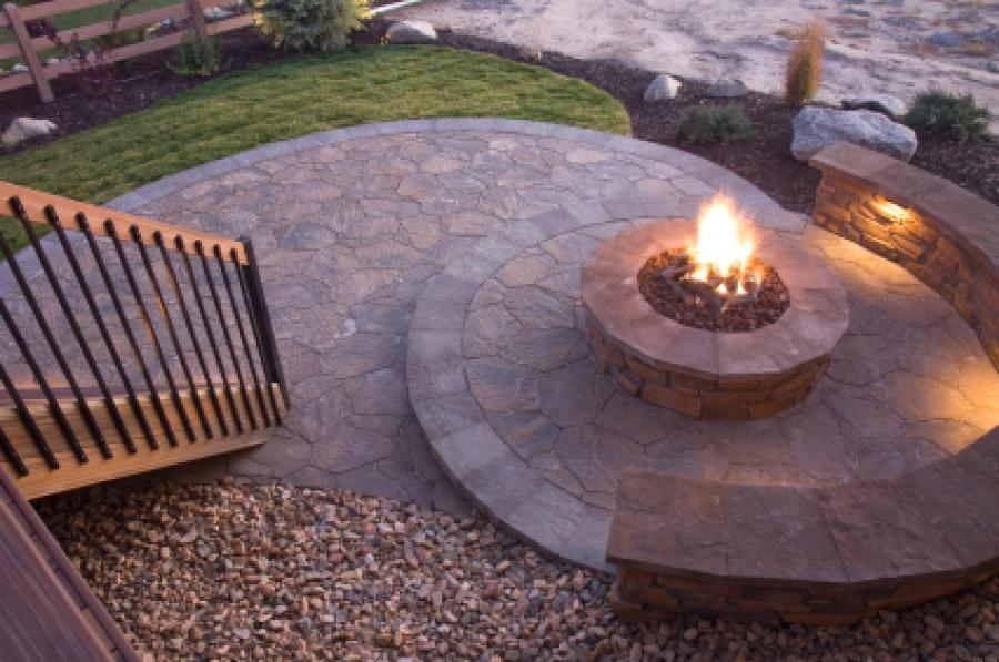 building a backyard fire pit photo - 1