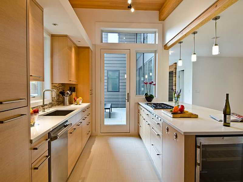 cabinet colors for small kitchens photo - 2