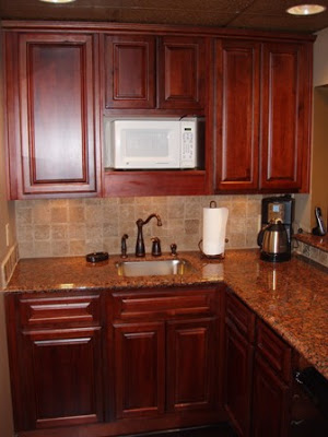 cabinets for small kitchen photo - 1