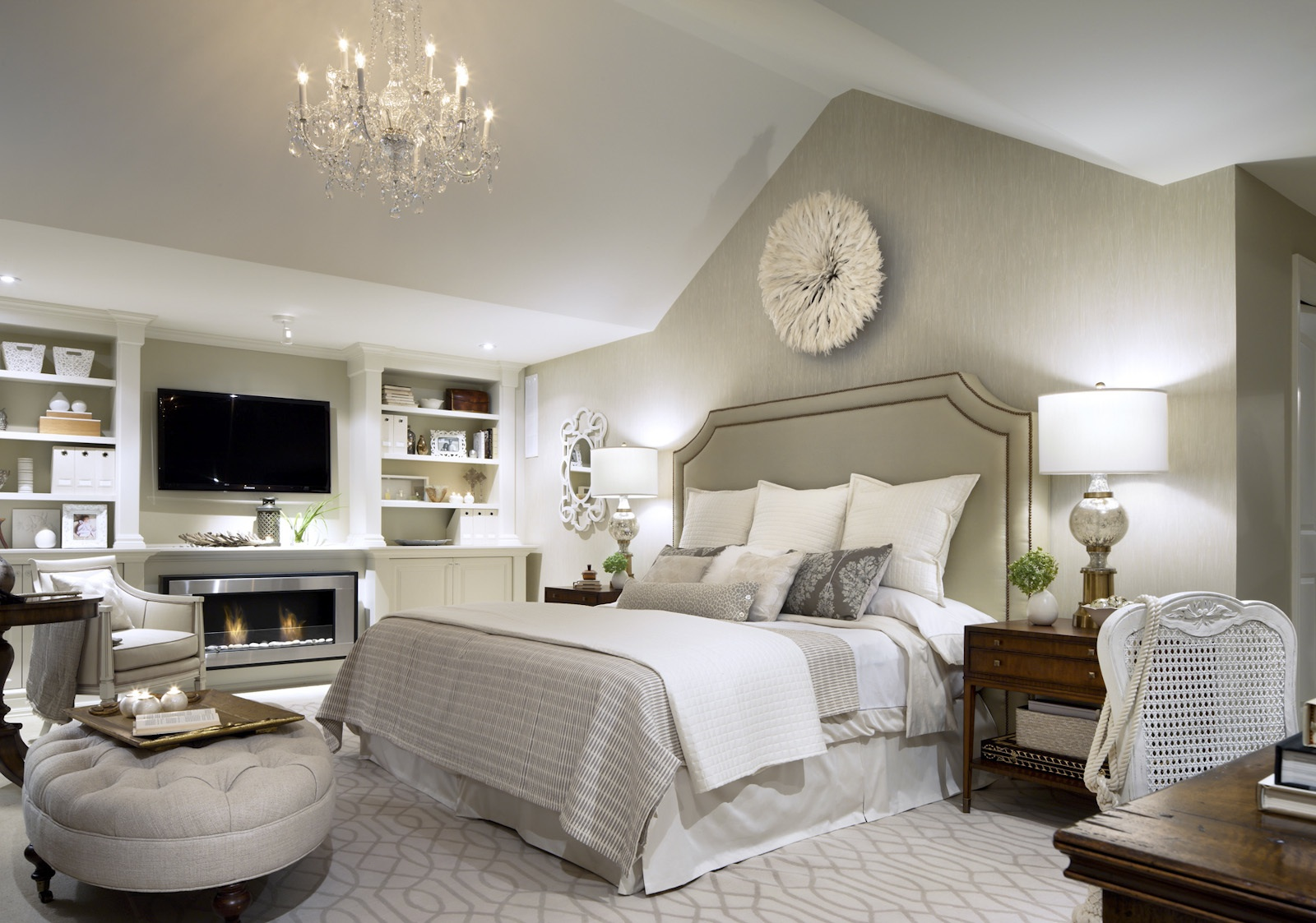 Candice Olson Bedroom Design Is Full Of Warm And Calm Color