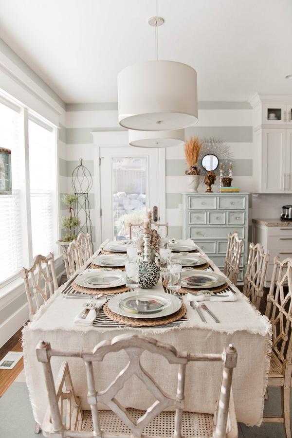 chic dining room photo - 1