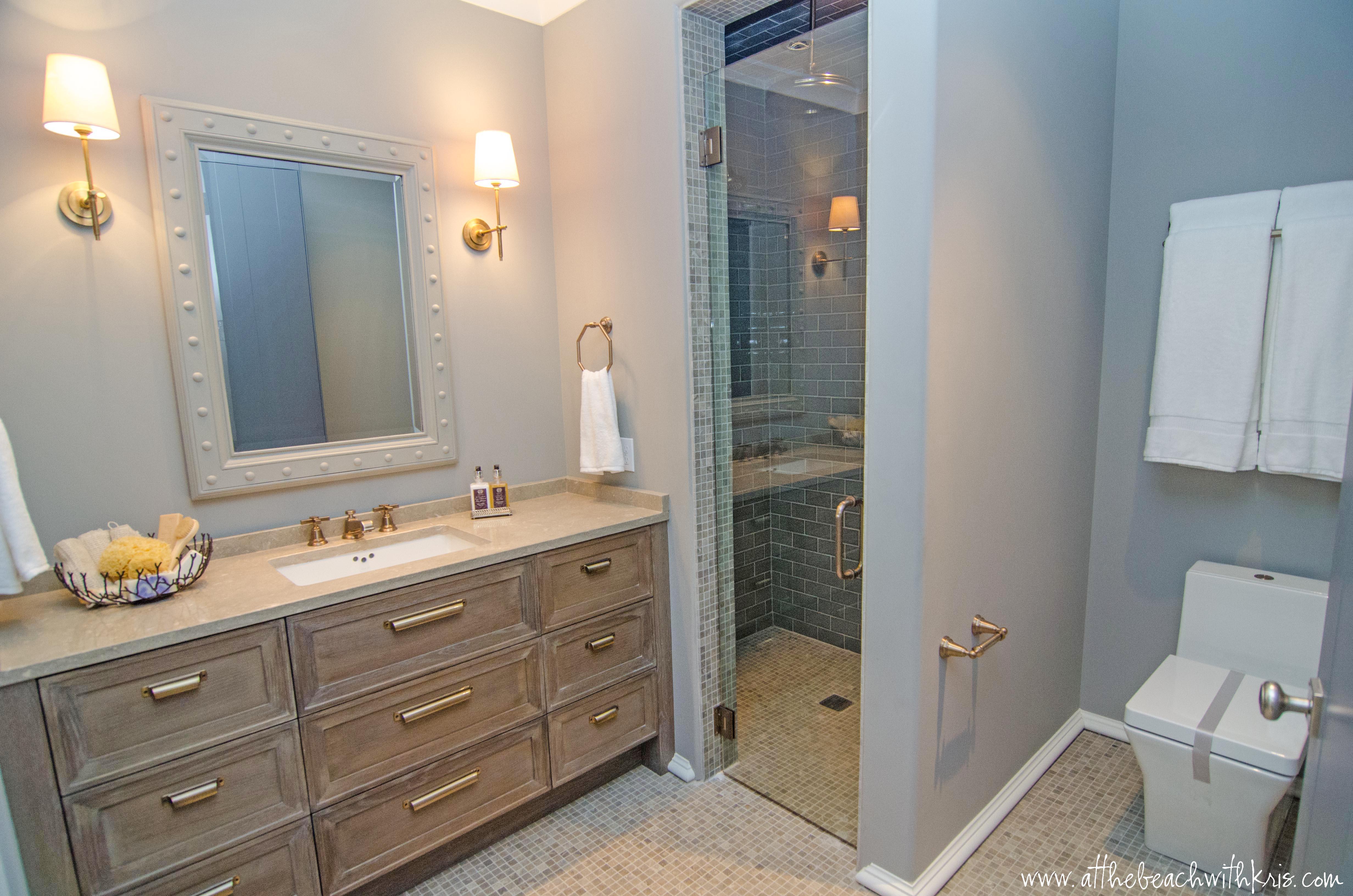 Coastal Bathroom Photo   1