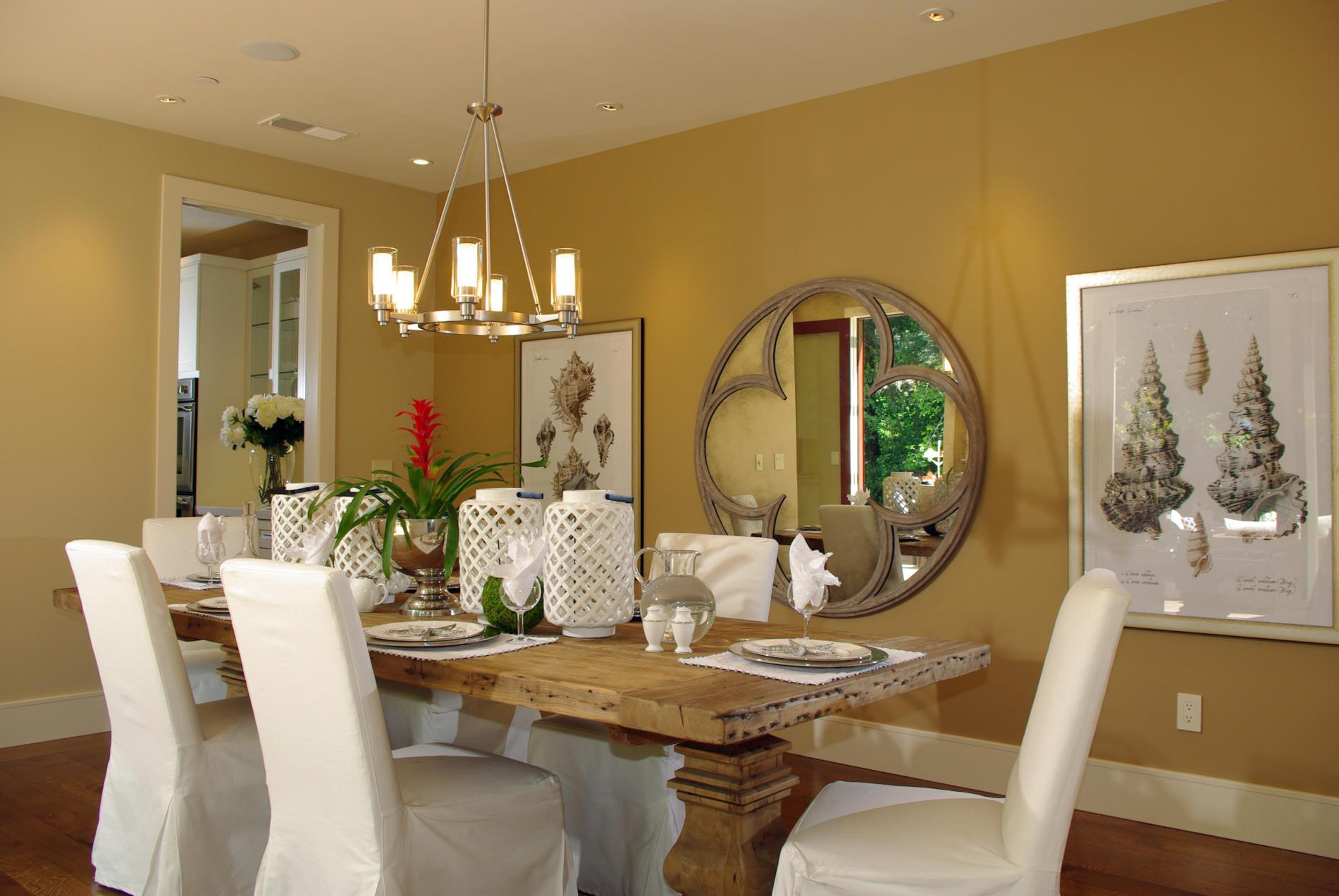 coastal dining room photo - 2