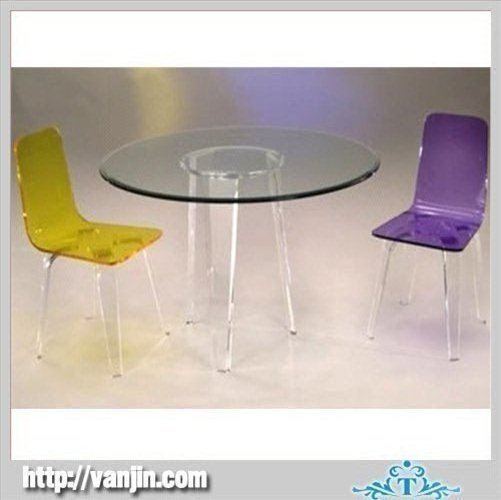 colorful dining tables photo - 2