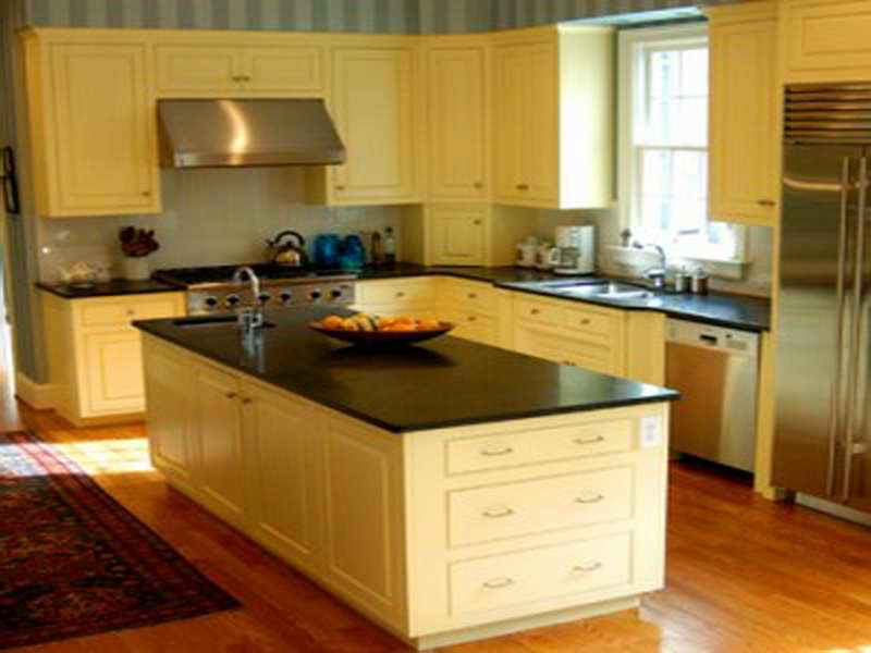 colors for small kitchen photo - 1
