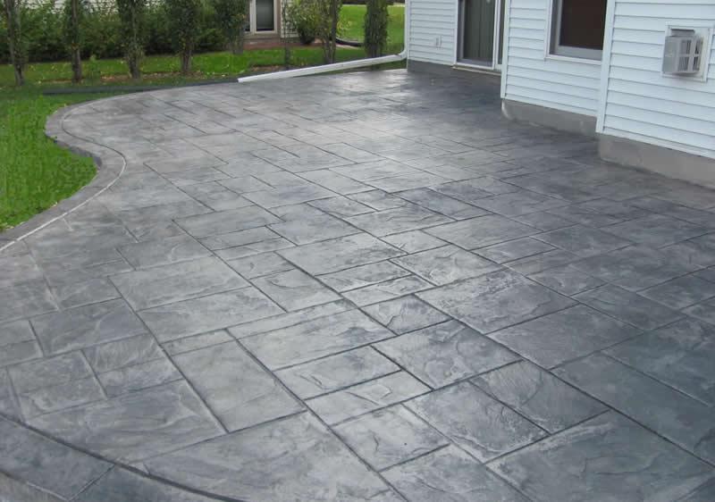 Concrete Backyard Photo   2
