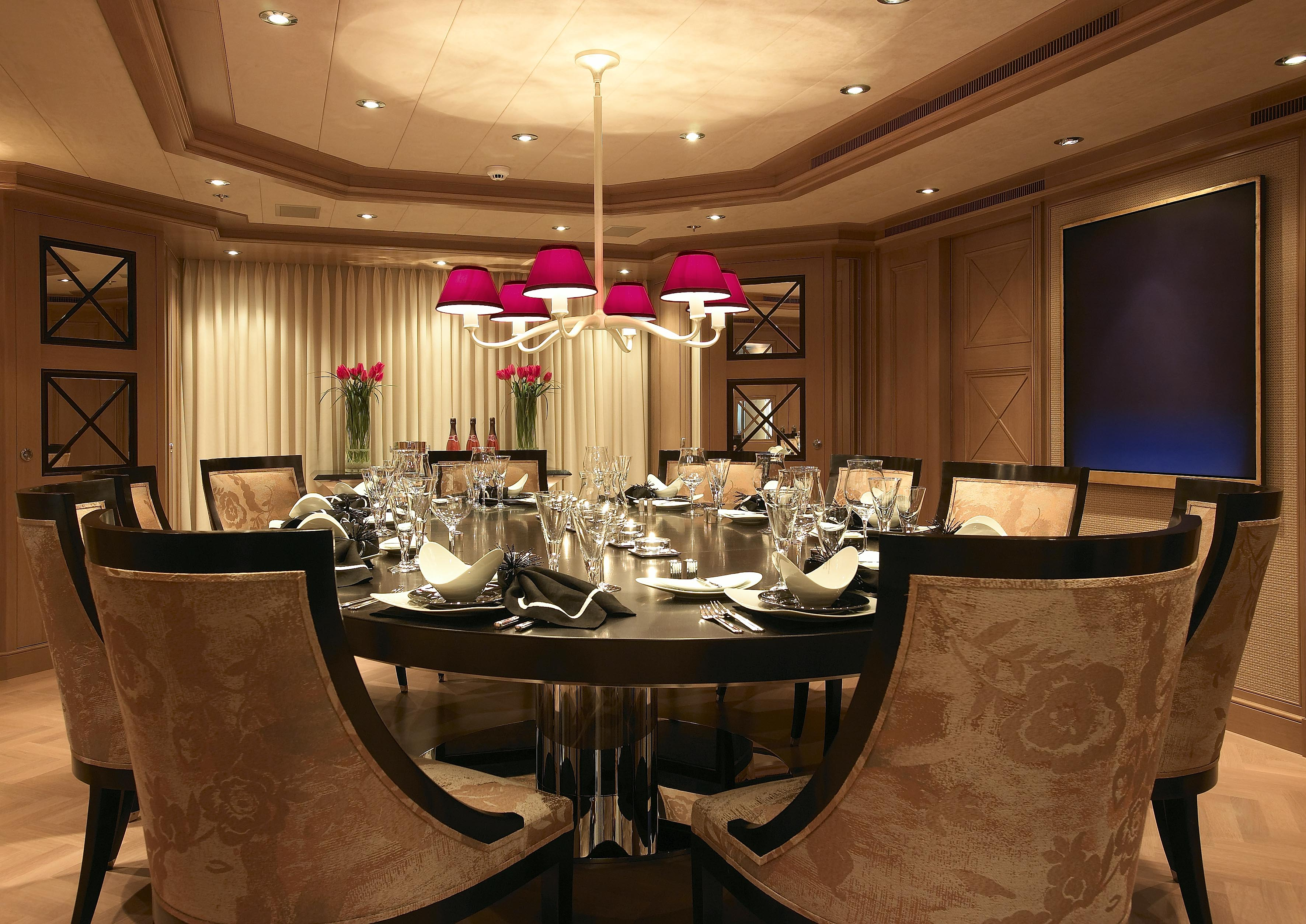 contemporary dining room chandeliers photo - 1