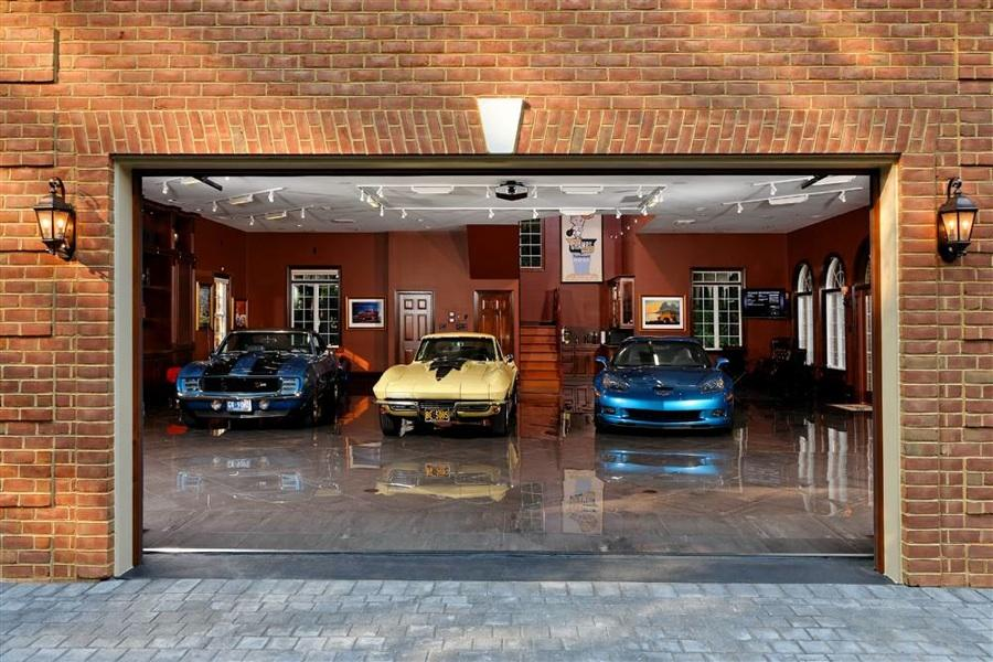 Cool Garages Pictures