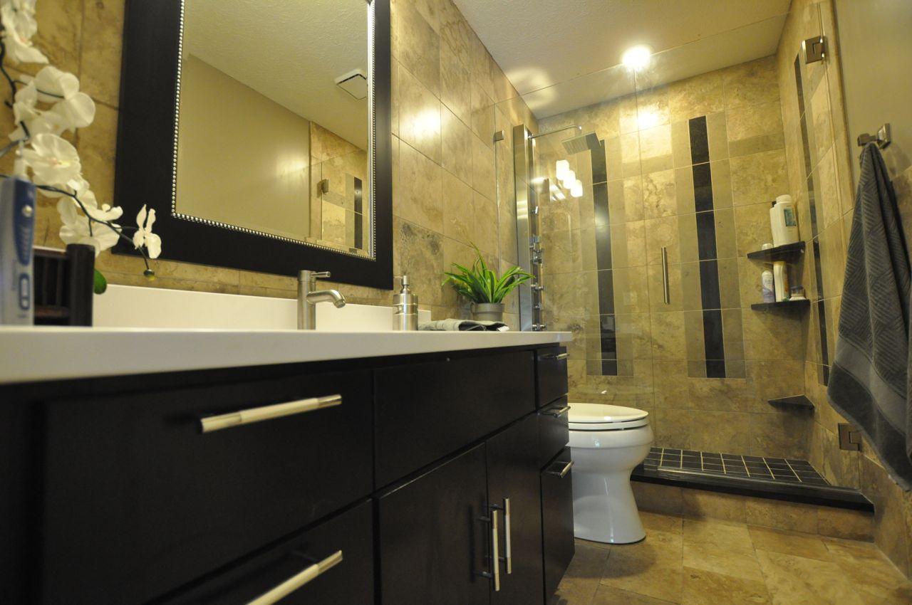 decor for small bathrooms photo - 1