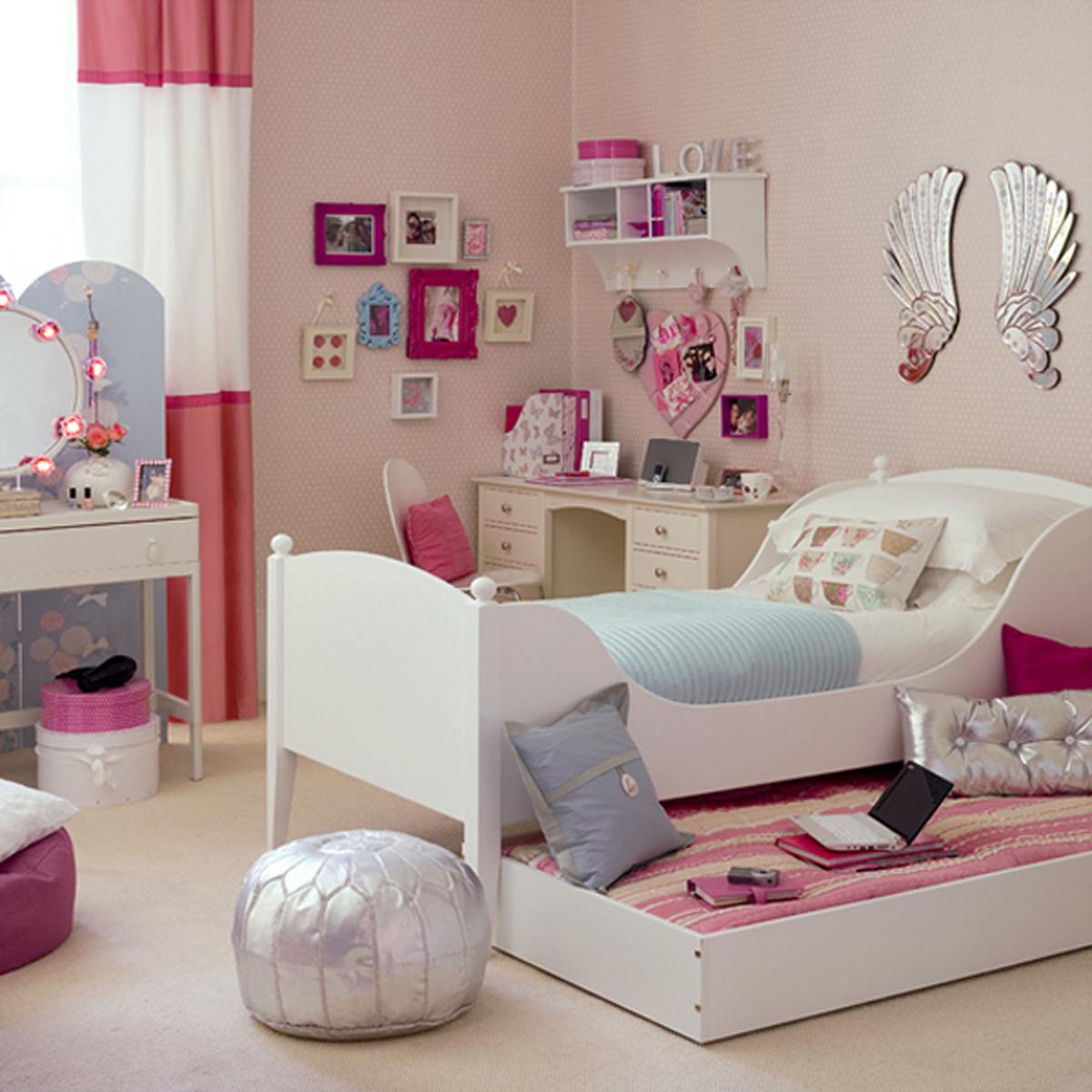decor for teenage bedroom photo - 2