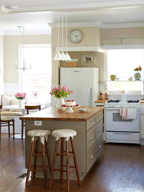 decorating ideas for a small kitchen photo - 1
