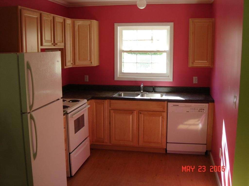 decorating small kitchens photo - 1