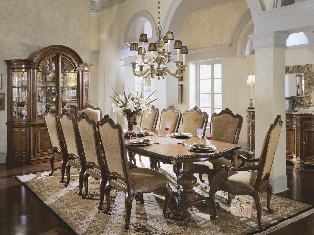 dining room drapery photo - 2