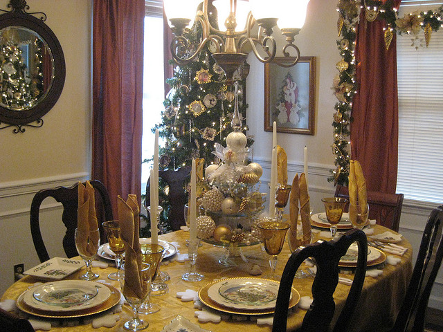 dining room tablescapes photo - 1