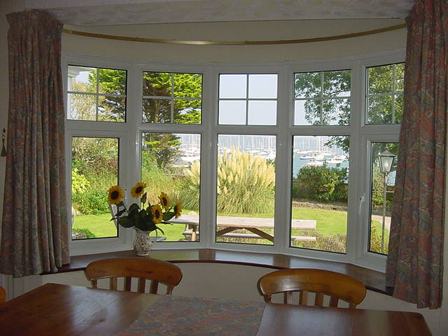 Dining room windows large and beautiful photos photo to for Dining room window designs