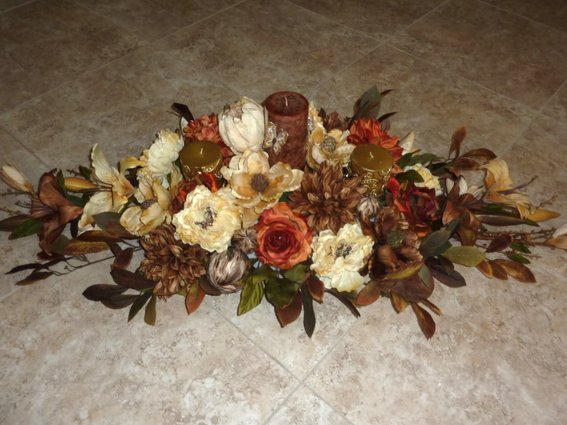 Dining Table Floral Centerpieces Photo   2
