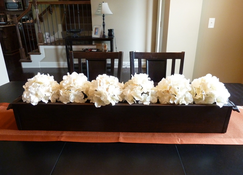 Diy dining table centerpieces large and beautiful photos for Large dining room centerpieces