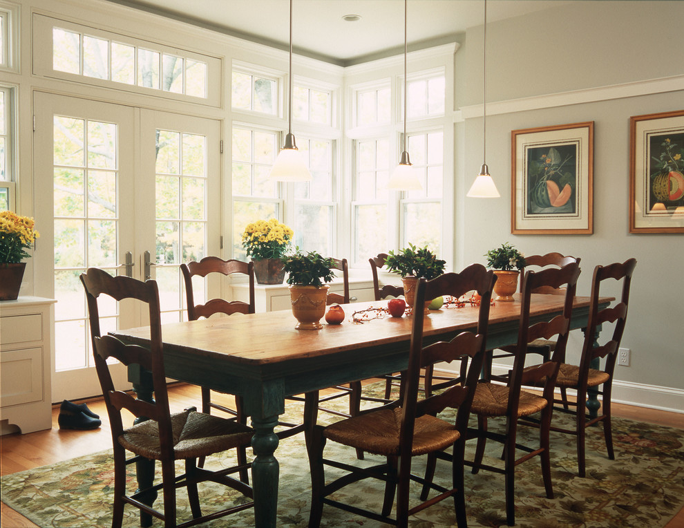 Farmhouse dining room decorating ideas large and for Dining room design ideas photos