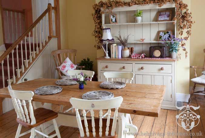 farmhouse dining rooms photo - 1