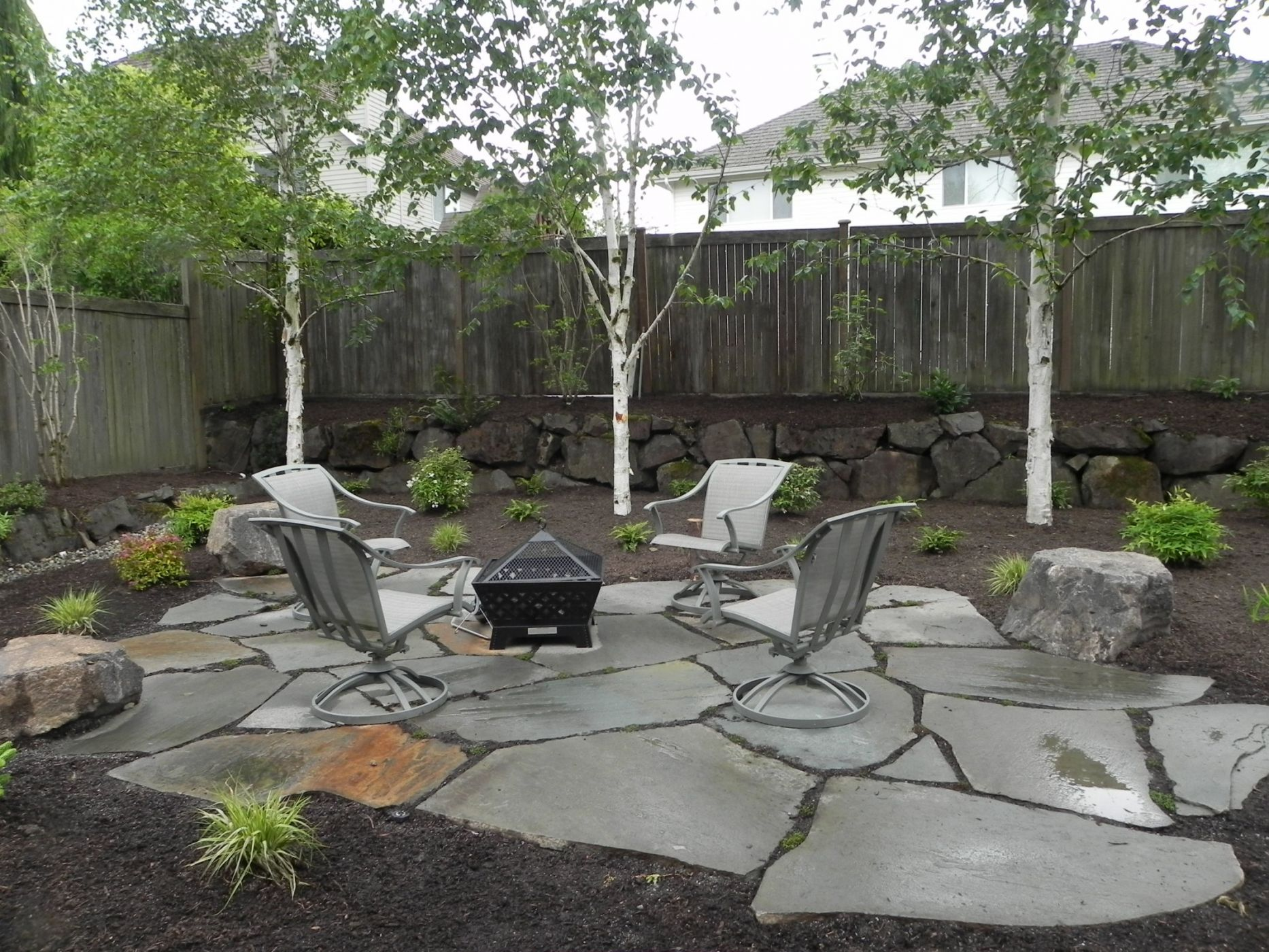 fire pit ideas for small backyard photo - 2