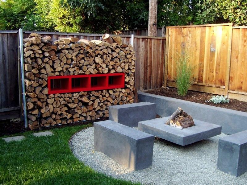 fire pit in backyard photo - 2