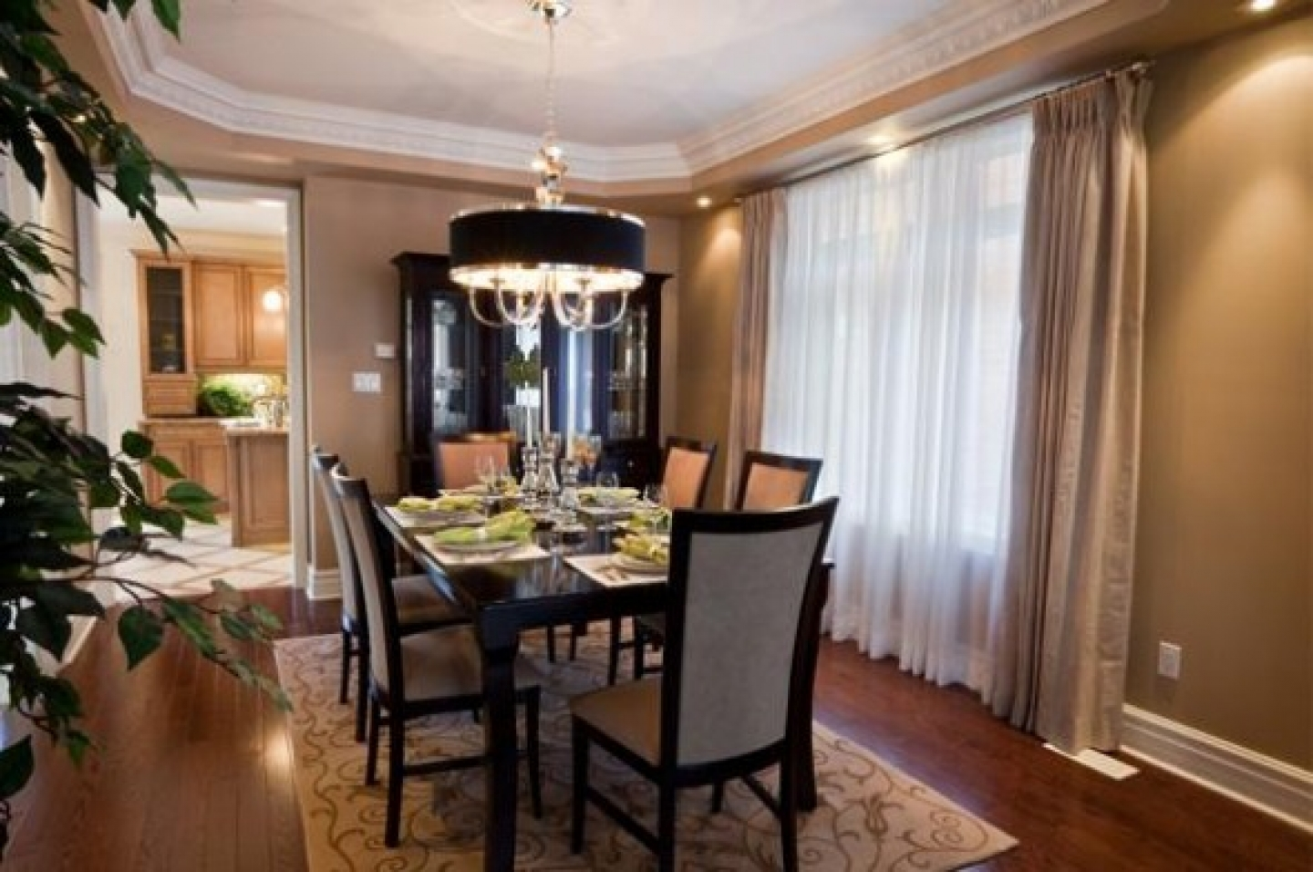 Formal dining room design - large and beautiful photos ...