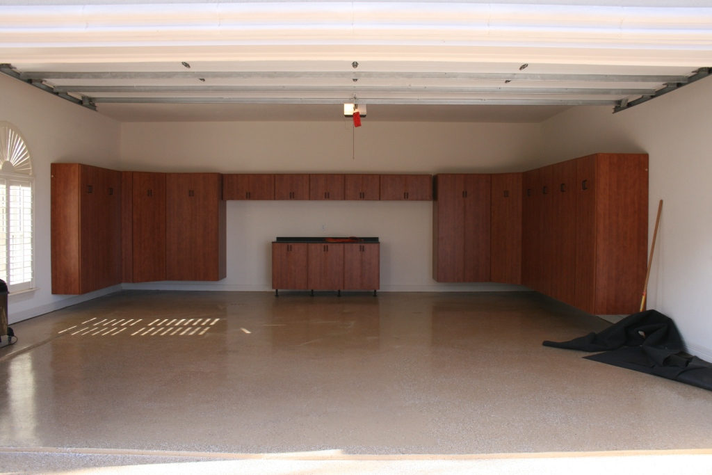 Garage cabinet ideas large and beautiful photos photo for Garage design ideas gallery