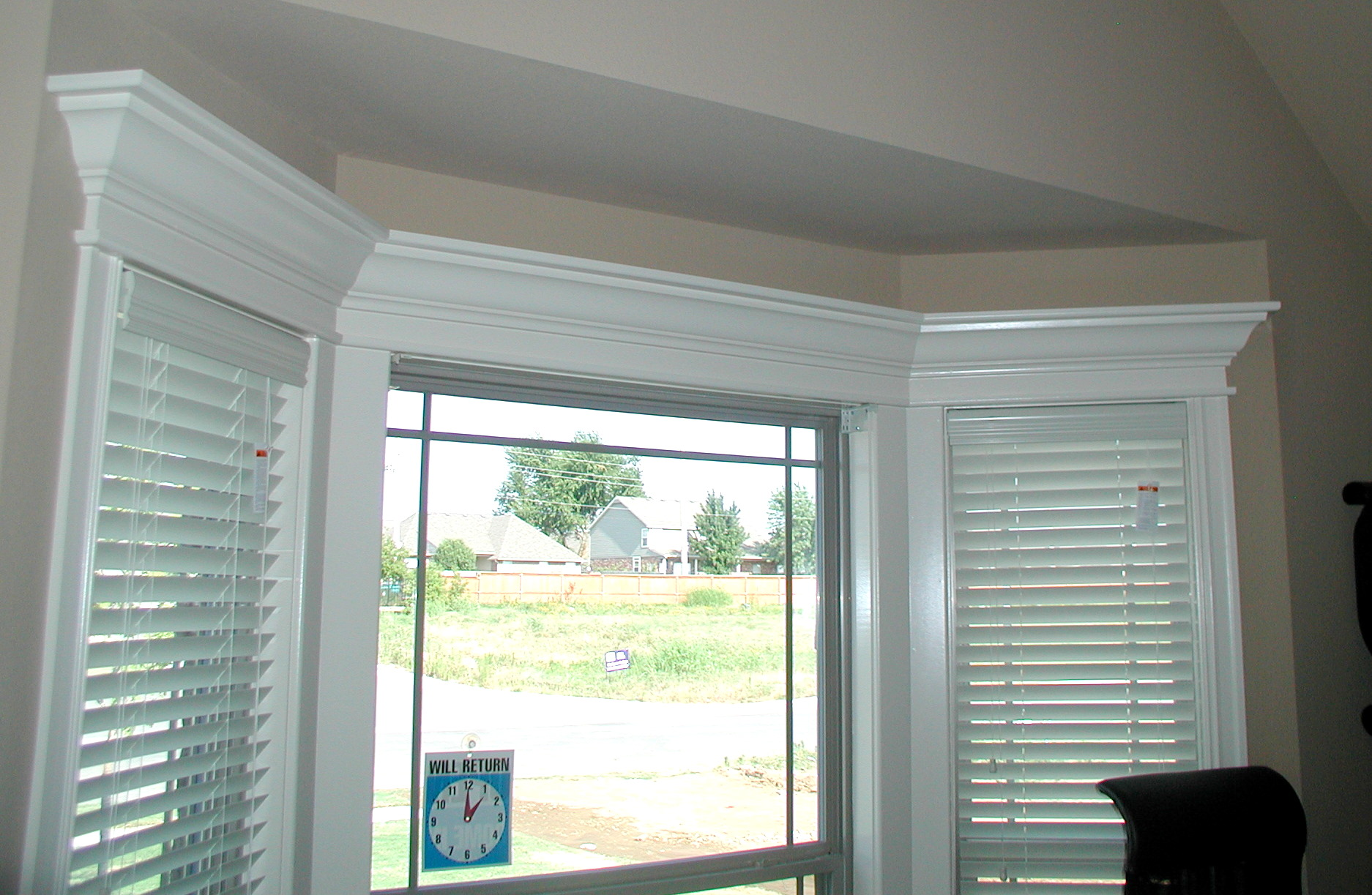 Garage door window blinds large and beautiful photos for Picture window replacement ideas