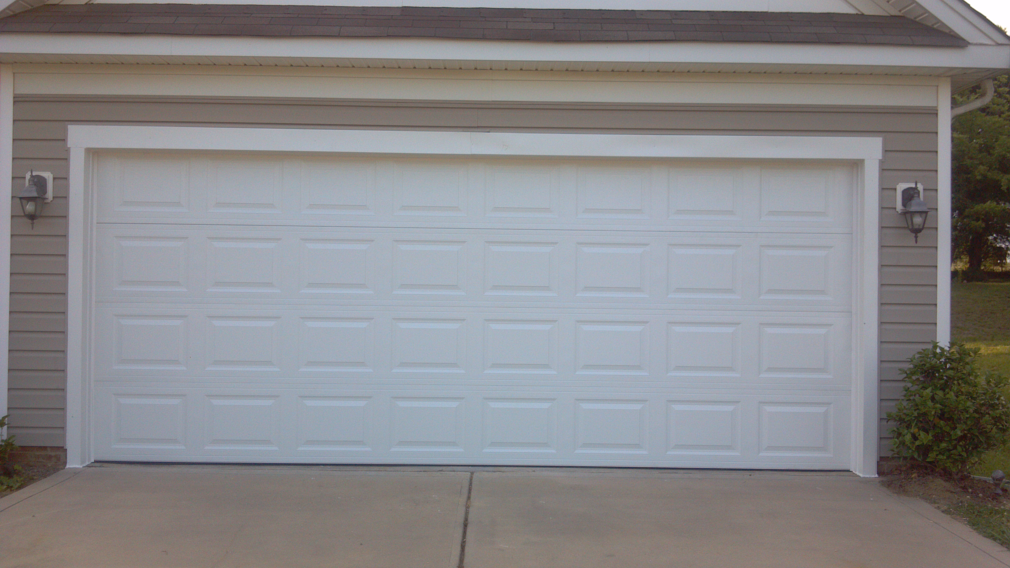 Garage doors double & Garage doors double - large and beautiful photos. Photo to select ...