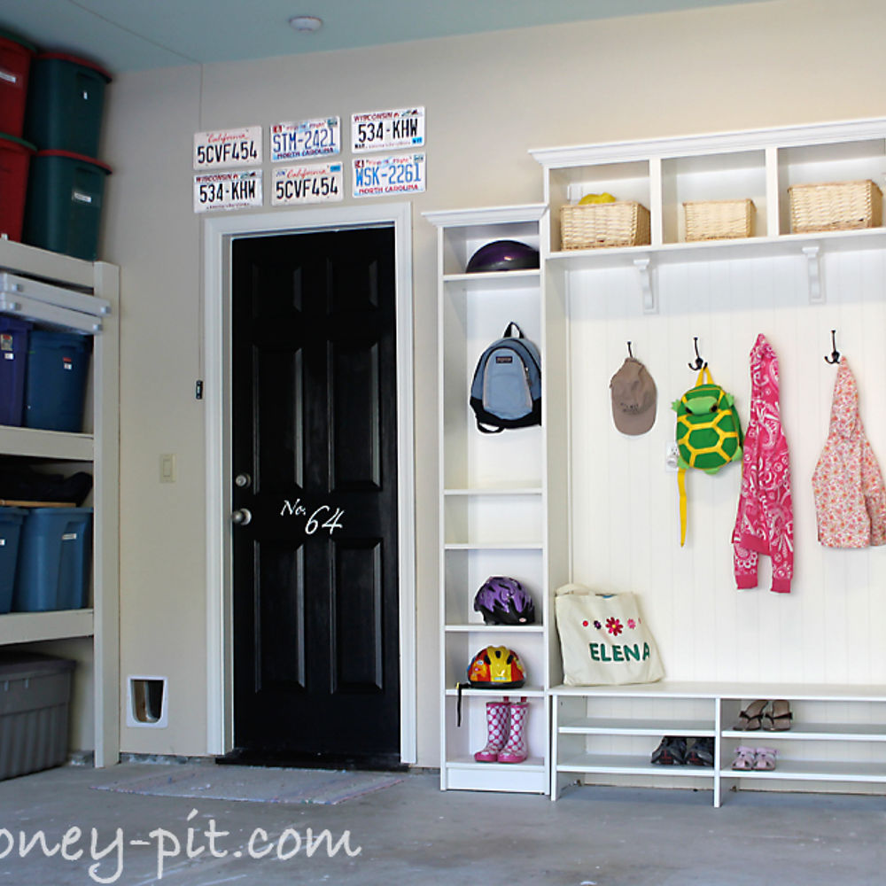 Garage mudroom ideas large and beautiful photos photo for Garage mudroom
