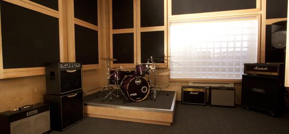 garage music studio photo - 2