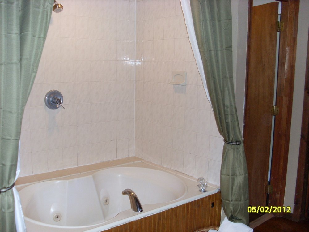garden tub shower combination photo - 2