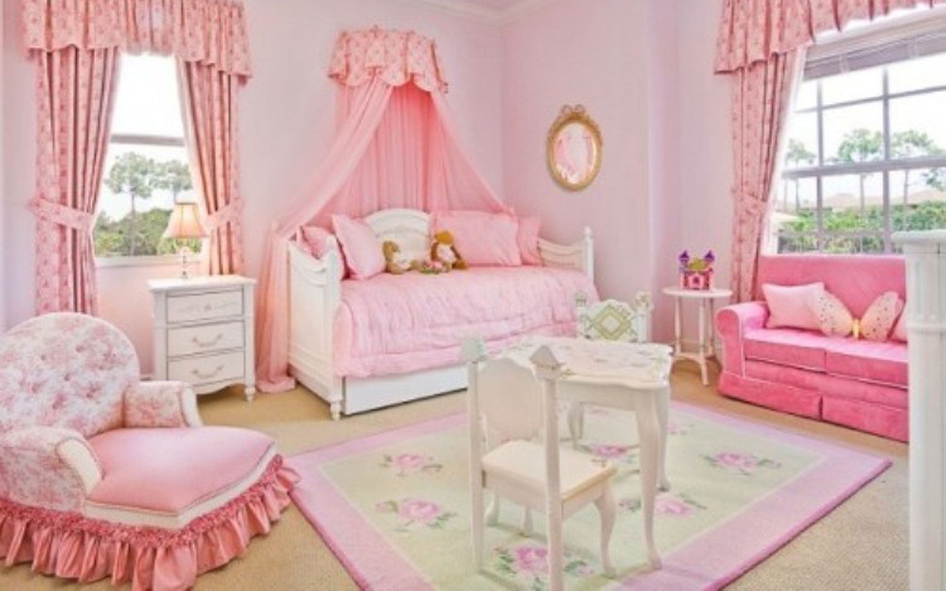 girls princess bedroom photo - 2